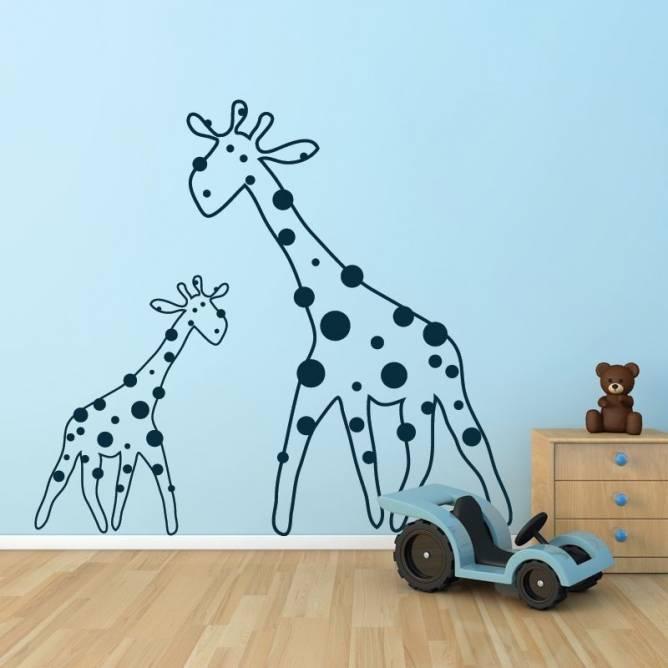 Famille girafes enfants